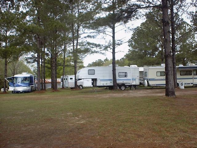 At Beaver Creek RV Campground In Jesup Georgia Our Family Campgrounds Offer Amenities Areas For Tent Camping Hunting And Fishing